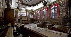 Interno della sinagoga Italiana