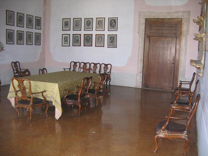 Sala da pranzo prima 2