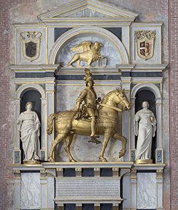 Monumento funebre a Nicolò Orsini dopo il restauro